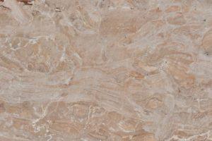 Breccia Damascata - итальянский мрамор, как драгоценная дамасская ткань, имеет бежевый фон с персиково-розовыми прожилками