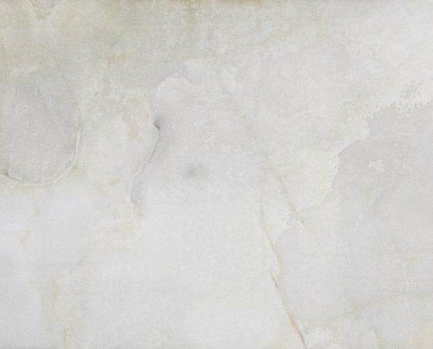 Оникс Bianco – один из самых популярных камней